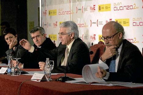De izquierda a derecha: Mercedes Gallizo, Francisco Fernández, Francisco Ros y Víctor Izquierdo. Foto de Carlos Campillo (El Mundo)